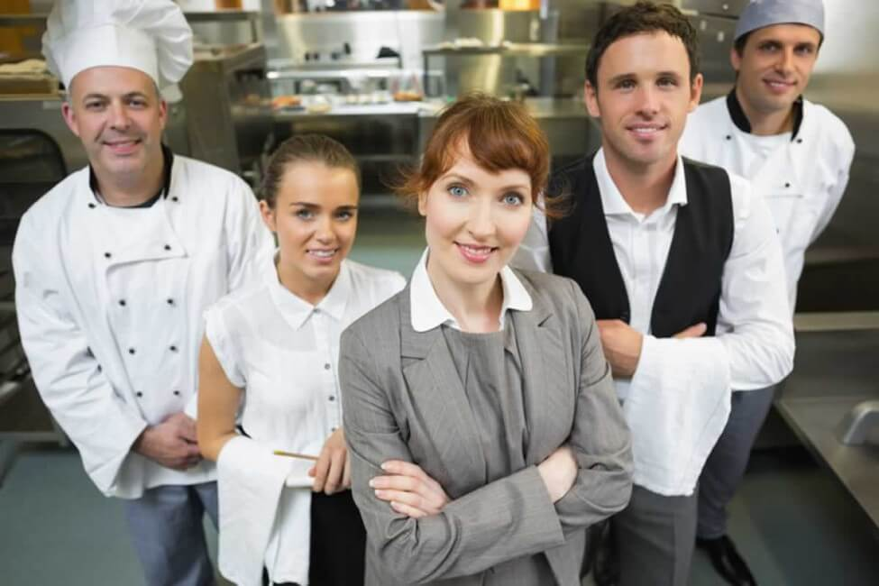 администратор ресторана работа