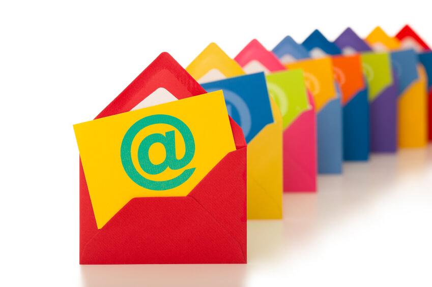 Реклама і просування ресторану — розсилка листів