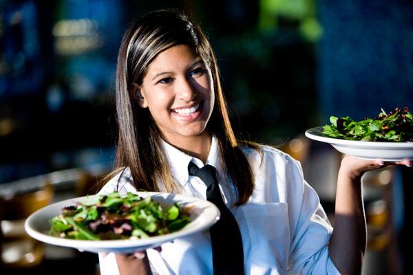 Дресс-код персонала ресторана - официантка